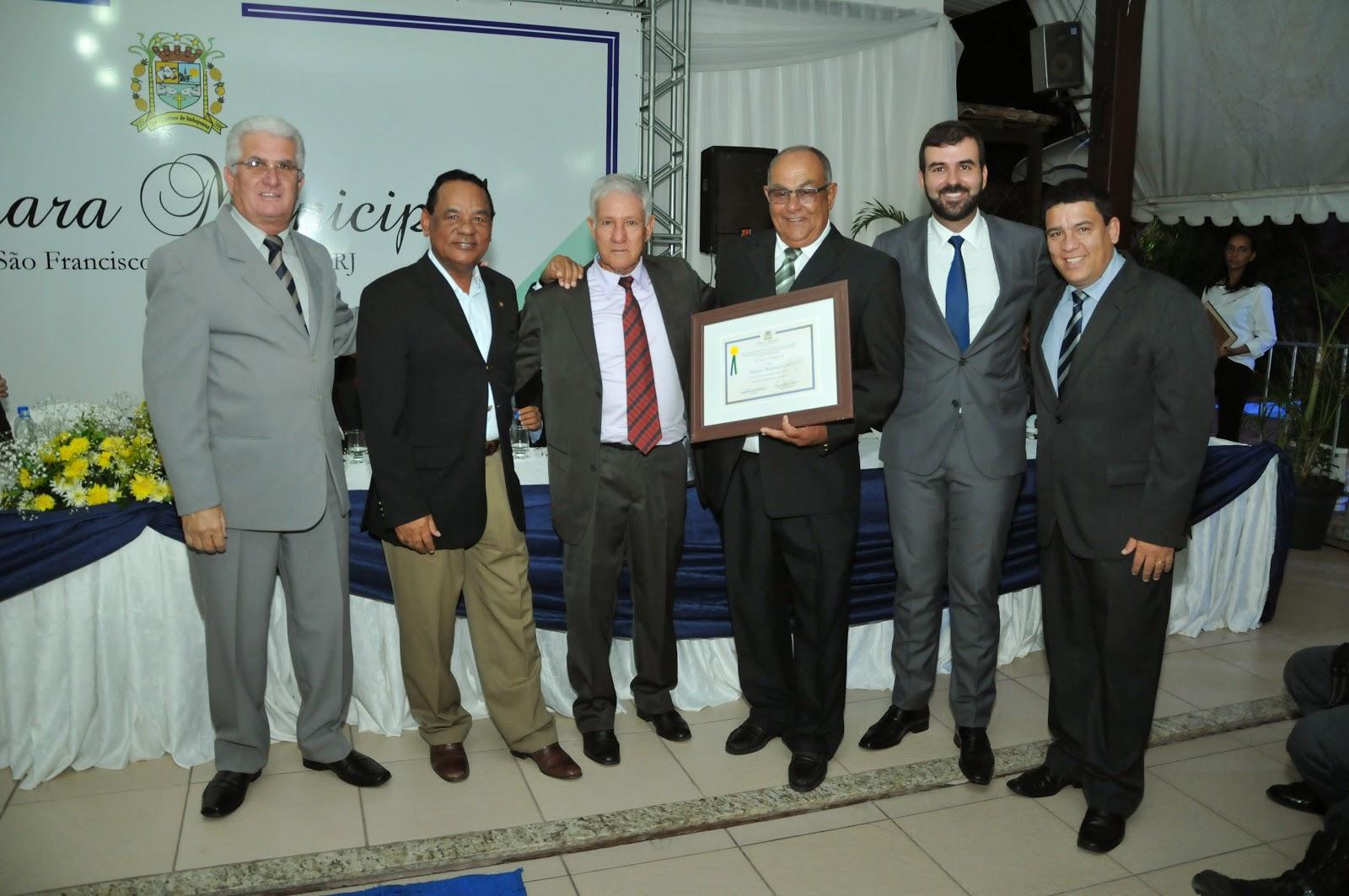 Câmara de SFI homenageia cidadãos que se destacam no município.