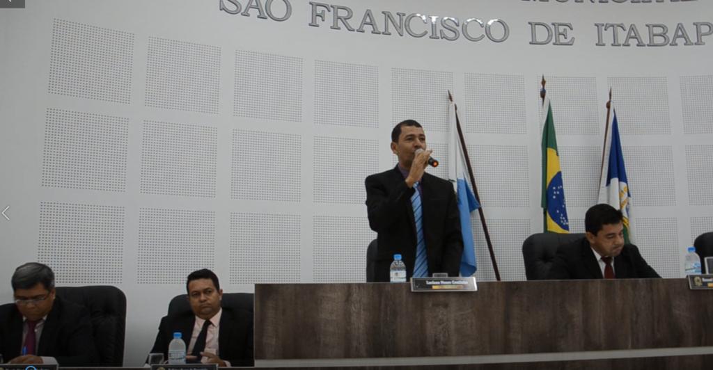 Vídeo – Homenagem do vereador Luciano Coutinho à dona Genilda 28-05-2019