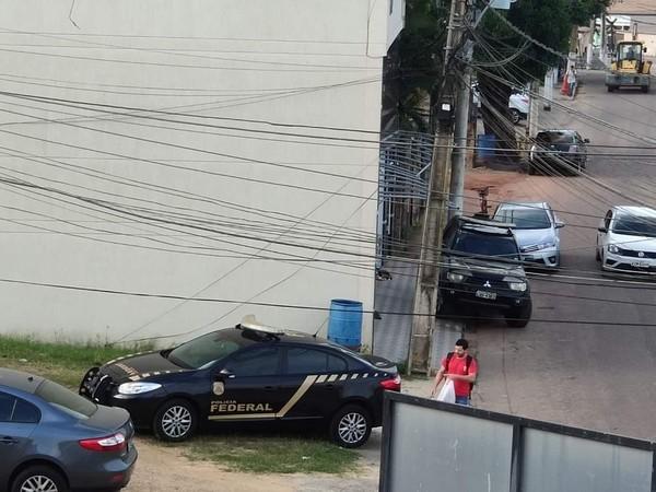 Operação cumpre mandados de busca e apreensão após suspeita de fraudes em licitações em Carapebus, no RJ
