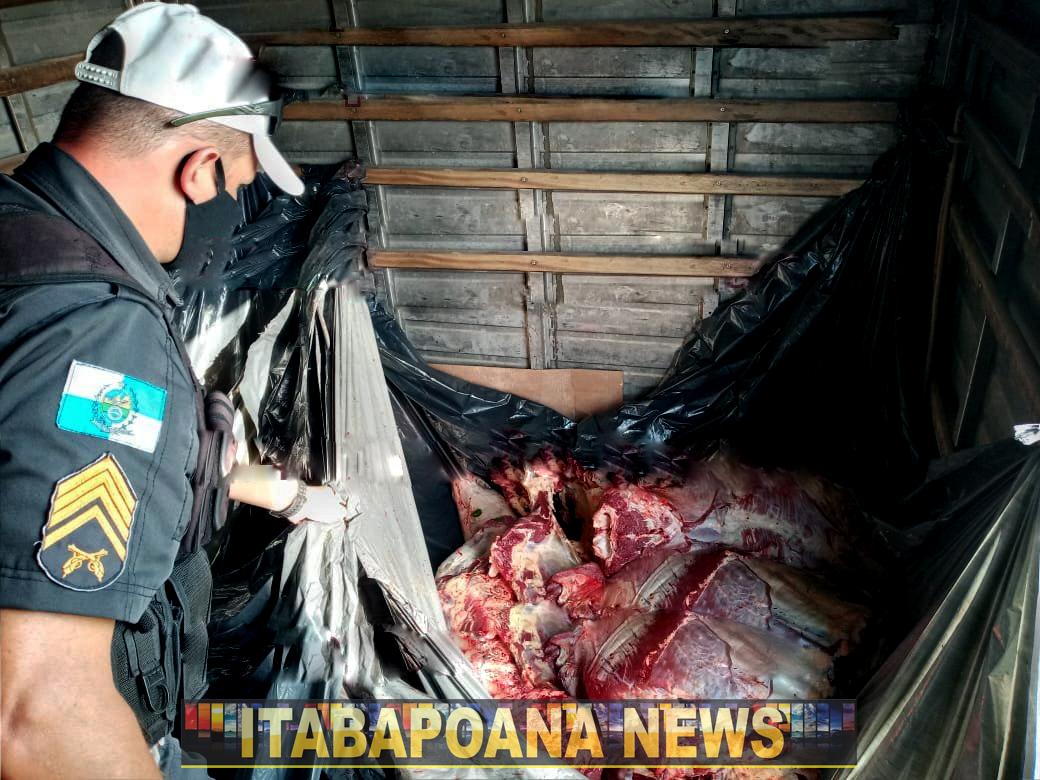 SFI: Carga de 460 Kg de carne transportada sem higiene