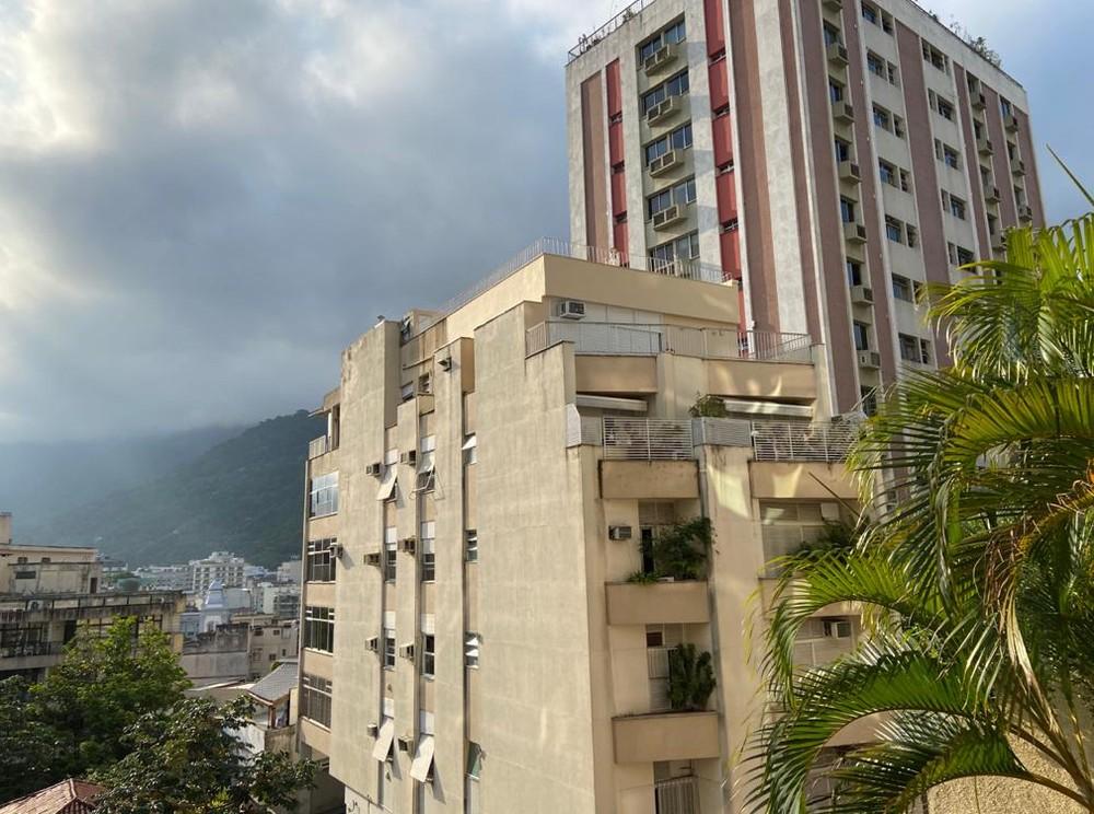 Rio pode ter chuva forte e raios também neste sábado.
