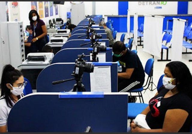 Detran reabre mais cinco unidades para entrega de CNH