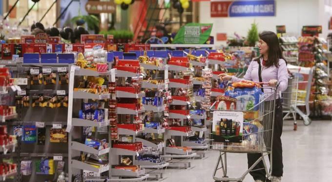 Inflação sobe em meio à crise; o que está provocando a alta dos preços?
