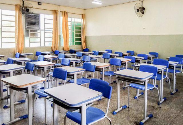Estudo indica como vírus se espalha em uma sala de aula
