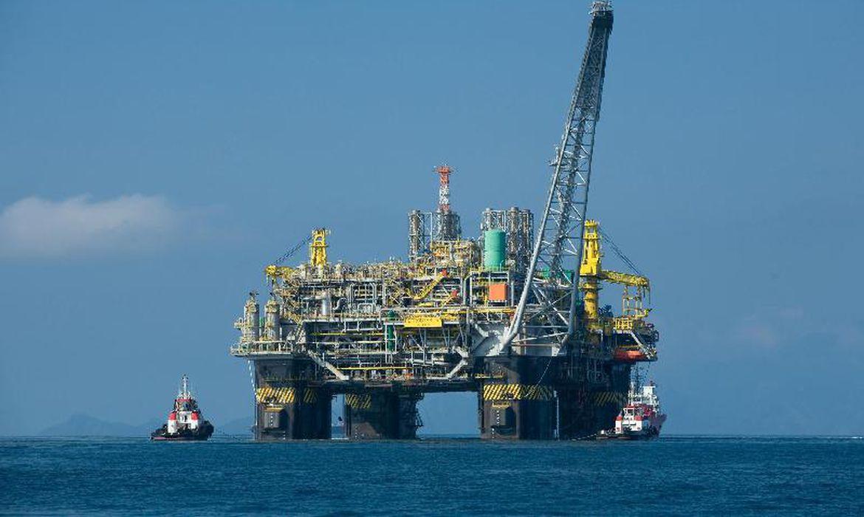 Governo do Rio diz que pedirá a Fux para adiar julgamento sobre divisão de recursos do petróleo