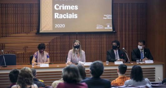 Duas pessoas foram vítimas de racismo por dia no estado do Rio em 2019