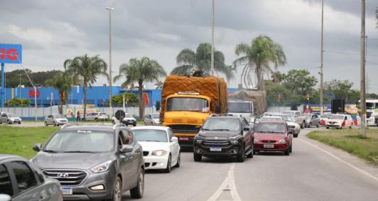 Previsão de mais de 430 mil veículos na BR 101 RJ/Norte durante o feriado da Consciência Negra