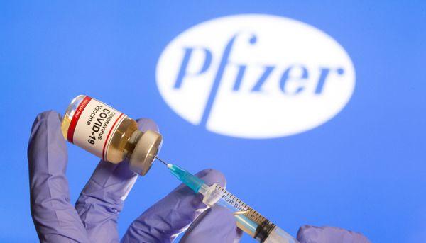 Pfizer diz que fez proposta ao governo que permitiria 'vacinar alguns milhões de brasileiros no 1º semestre' contra a Covid