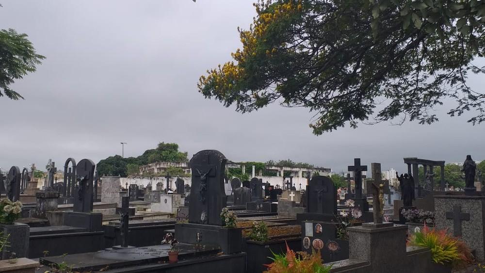 Dia de Finados terá esquema especial nos cemitérios de Campos e na Serra, no RJ