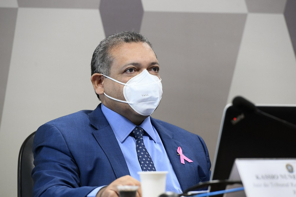 Nunes Marques suspende trecho da Lei da Ficha Limpa que fixa início de inelegibilidade após condenação
