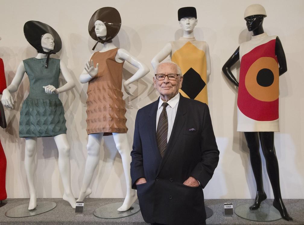 Pierre Cardin, estilista ícone do 'prêt-à-porter', morre aos 98 anos na França