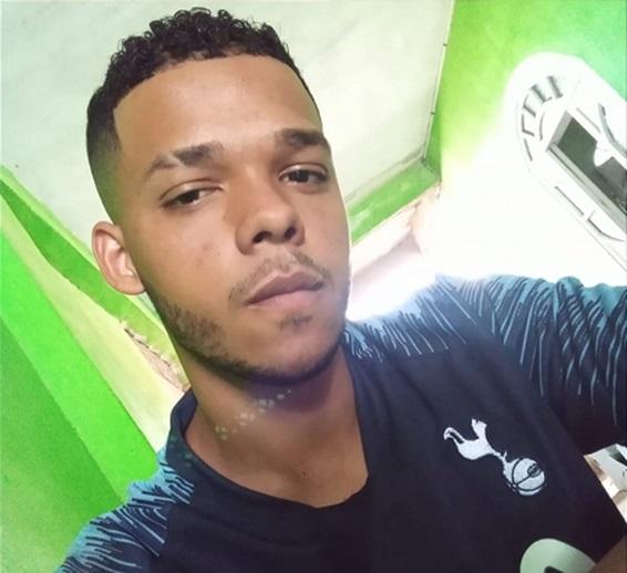 Jovem morre após ser atingido por raio enquanto trabalhava em Campos