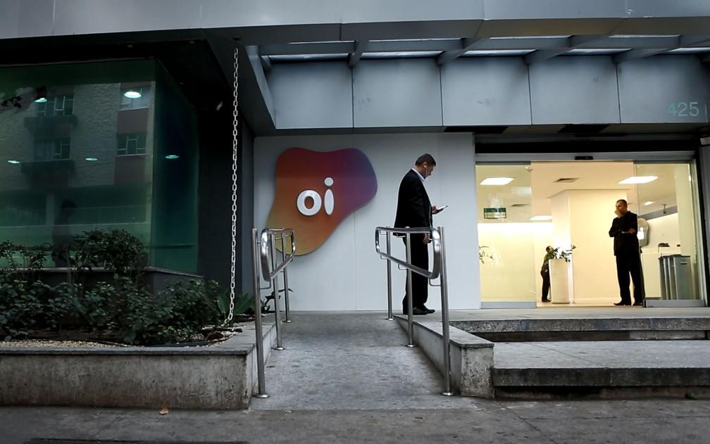 Oi vende rede móvel para consórcio formado por Tim, Vivo e Claro por R$ 16,5 bilhões