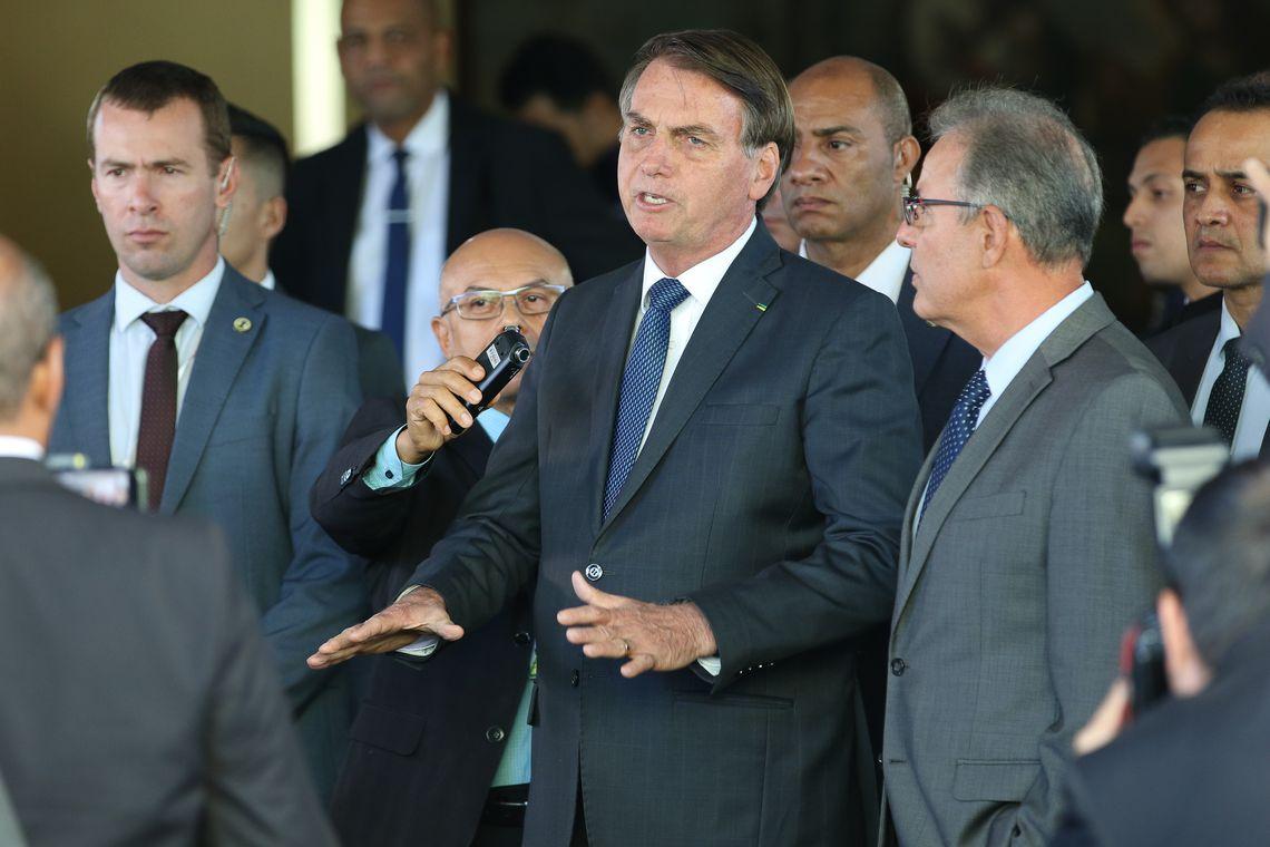 Bolsonaro viaja nesta segunda-feira para passar feriado de Ano Novo em Guarujá