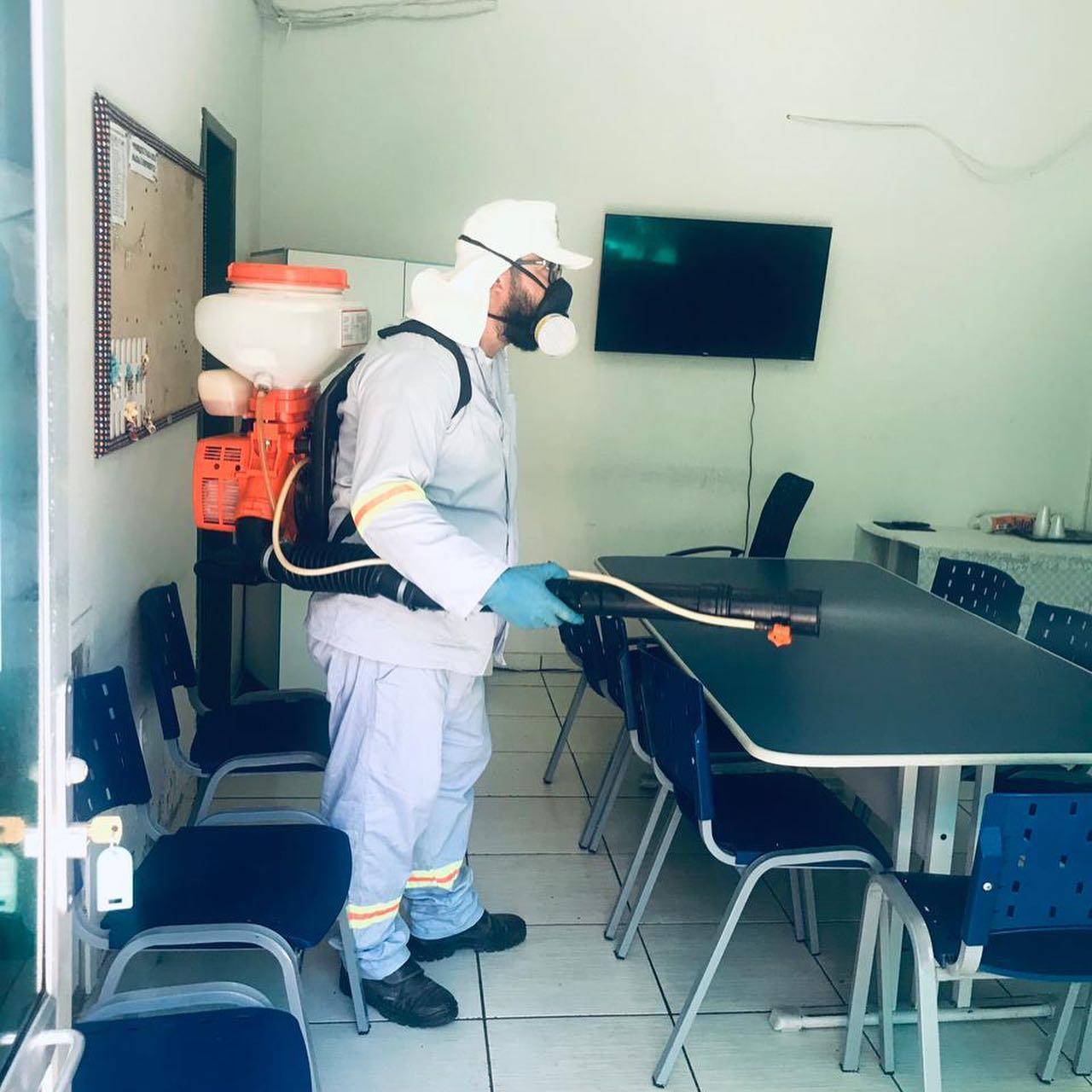 Smec realiza higienização da sede