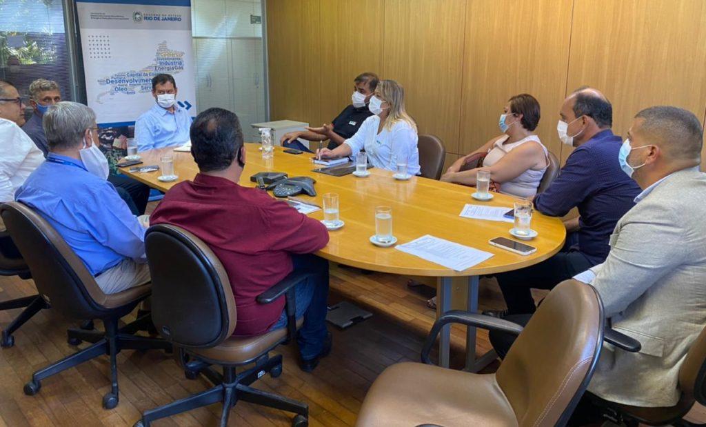 Reunida com representantes do Governo do Estado, Francimara busca mais melhorias para SFI