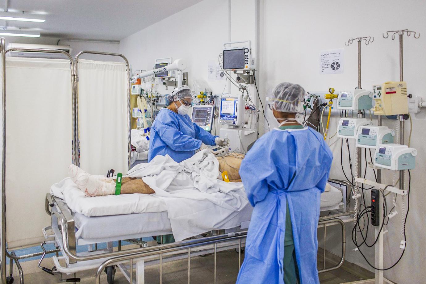 Infectado com variante do coronavírus no RJ morre; 5º caso no estado, com mutação do Reino Unido, é confirmado
