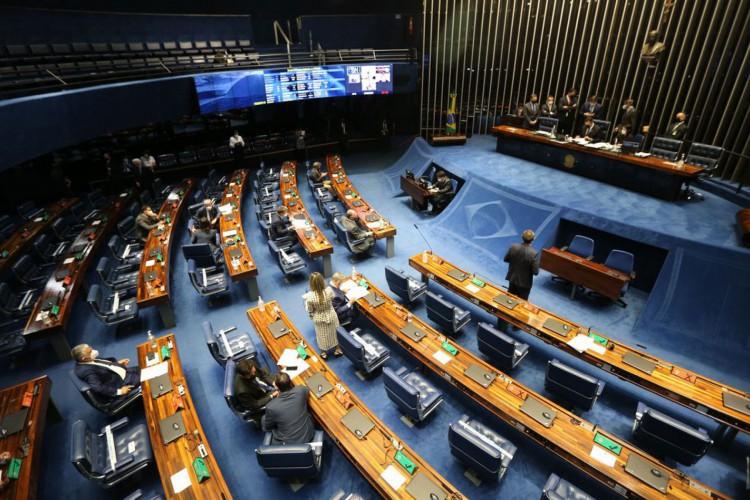 Senado aprova PEC Emergencial em 2º turno; texto vai à Câmara
