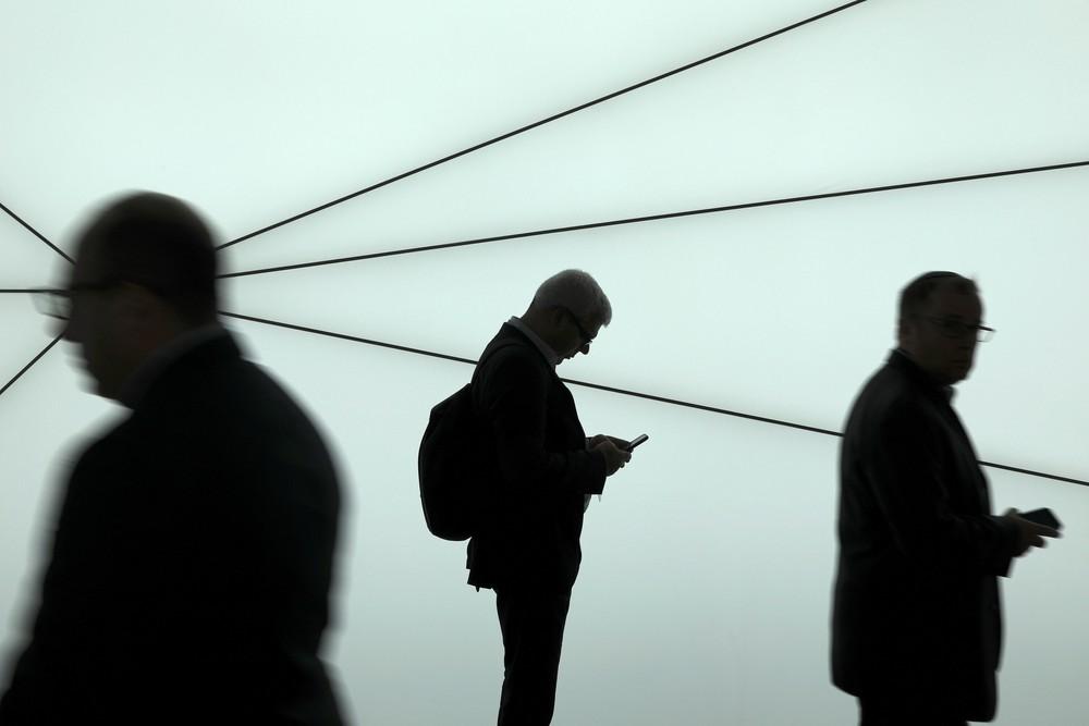 Saiba quando pessoas próximas podem espionar seus dados e conversas