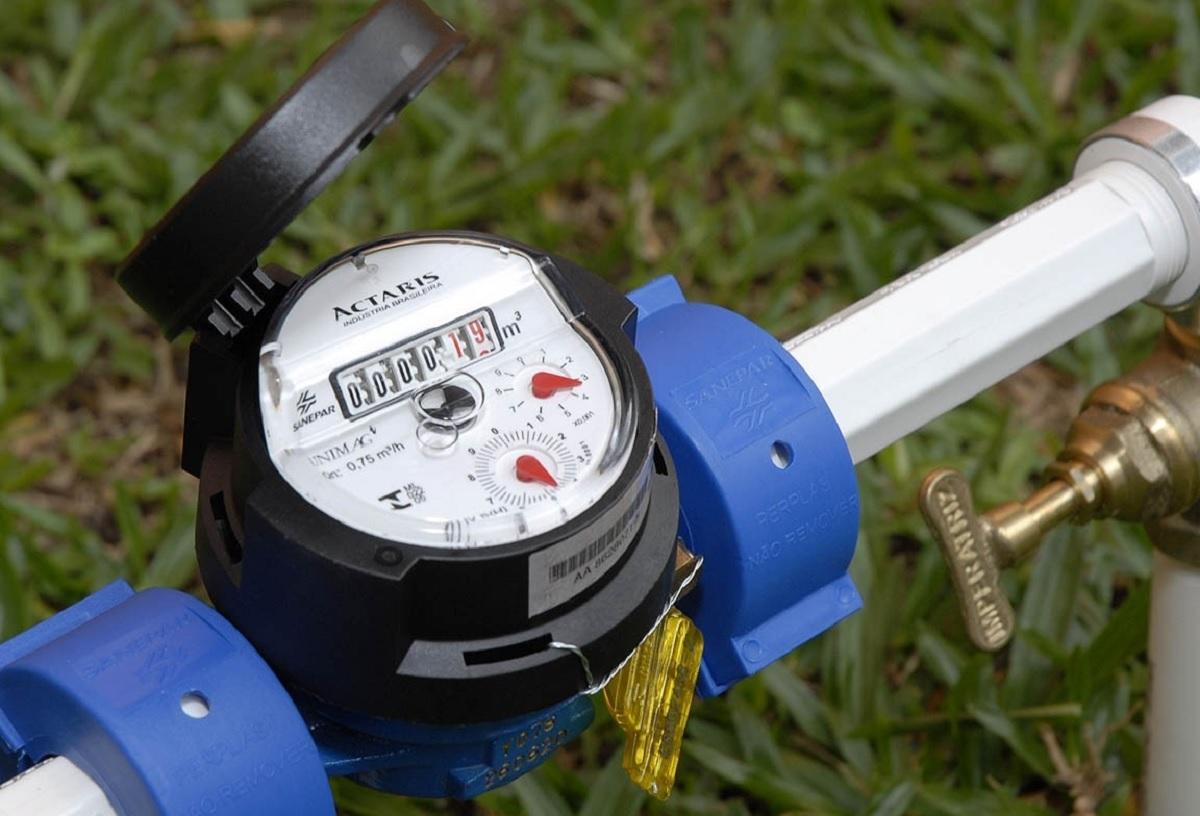 Concessionárias de água e esgoto terão que repor gratuitamente hidrômetros furtados