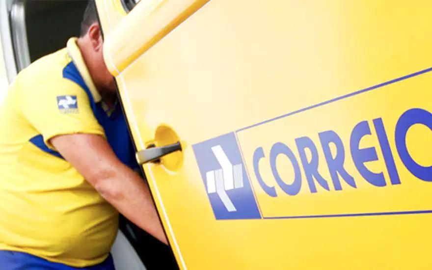 Governo publica decreto que inclui Correios no programa de privatização