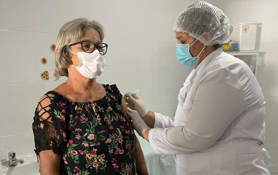 Covid-19: agendamento para vacinação de idosos da faixa etária de 70 anos começa nesta quarta (31) nos polos do ESF e por telefone
