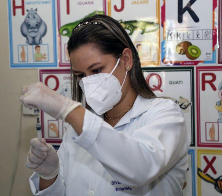 SFI estende vacinação contra Covid-19 para outros grupos prioritários