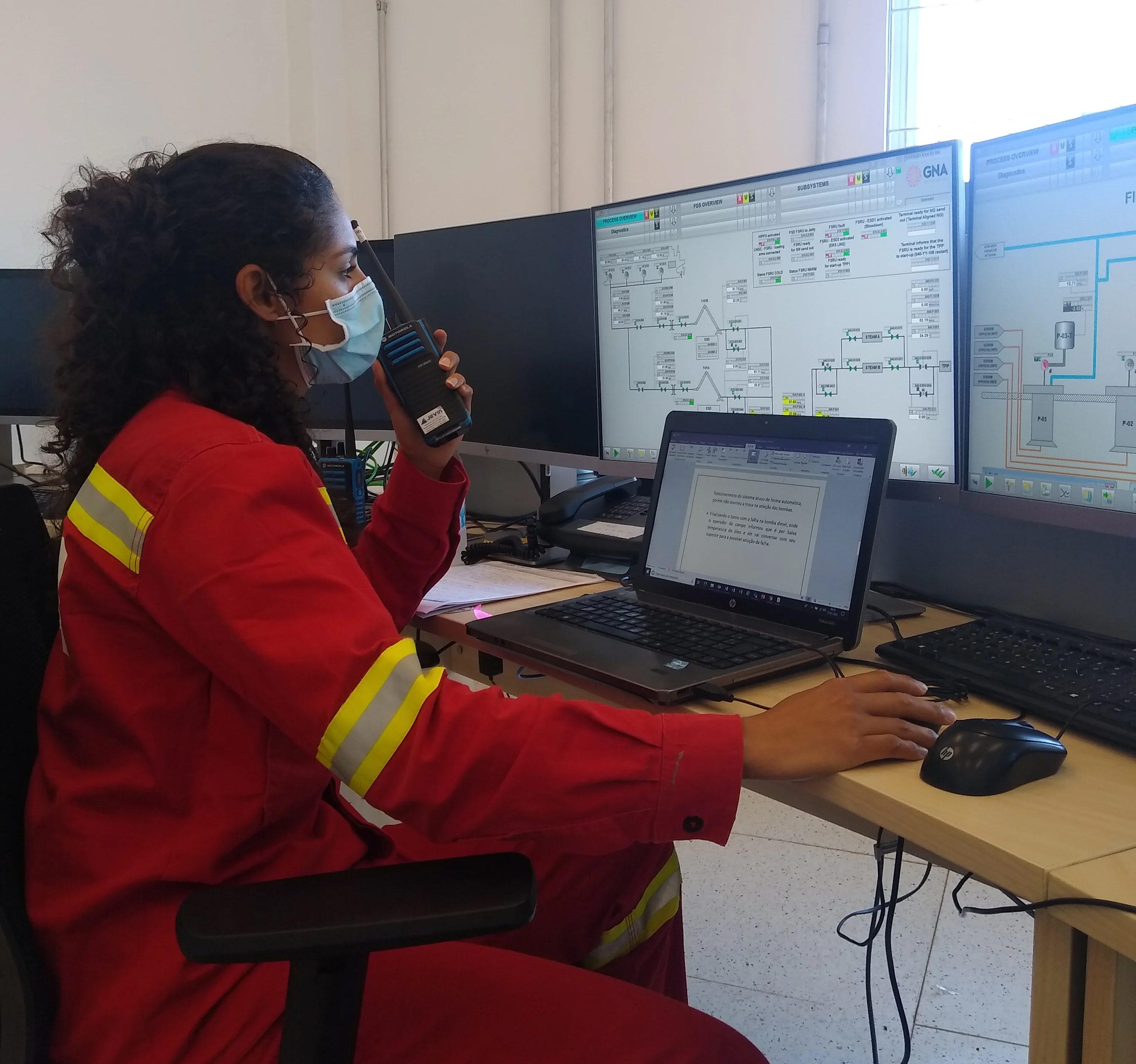 Firjan SENAI tem vagas abertas para cursos técnicos em áreas como Petróleo e Construção Civil no Norte e Noroeste do RJ