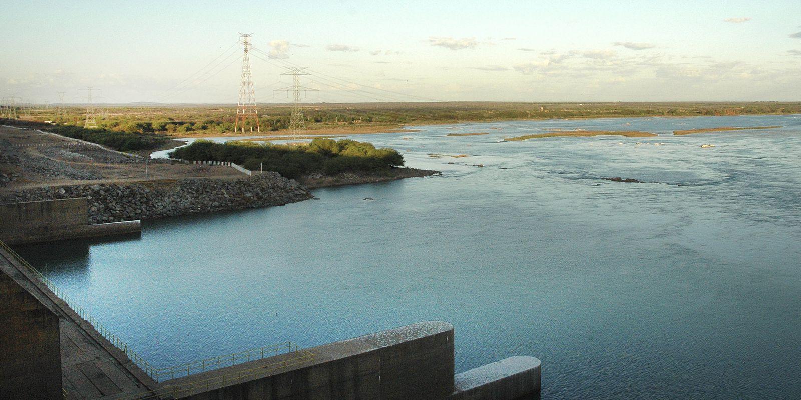 Reservatórios de hidrelétricas devem atingir em novembro menor nível em 20 anos, diz ONS