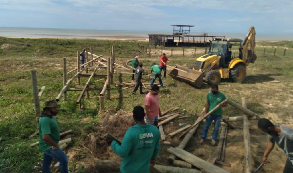 Ação da Sema com o Inea, a pedido do MPF, retira construções irregulares em áreas de preservação permanente da União