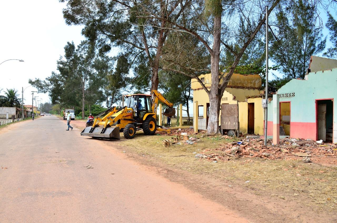 Demolição de quiosques é concluída em Guaxindiba