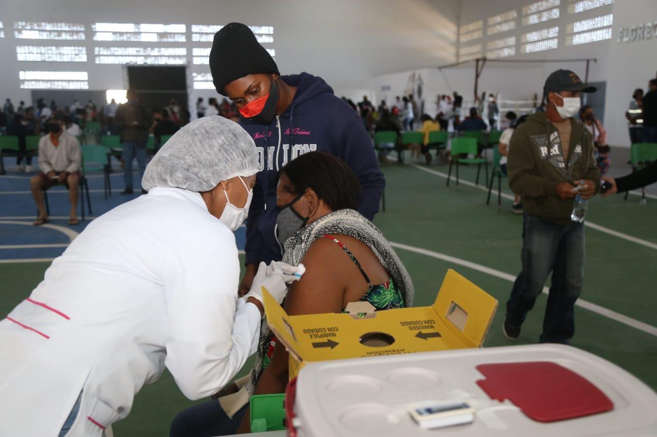 SFI amplia vacinação contra a Covid-19 para pessoas com 38 anos ou mais