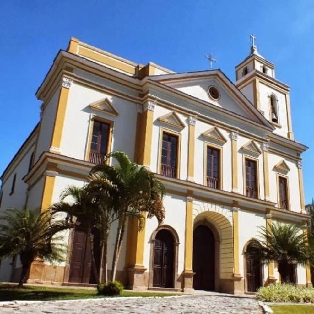 Paróquia é arrombada e furtada no centro de Campos, RJ; criminosos levaram celular e quase R$ 8 mil, segundo diocese