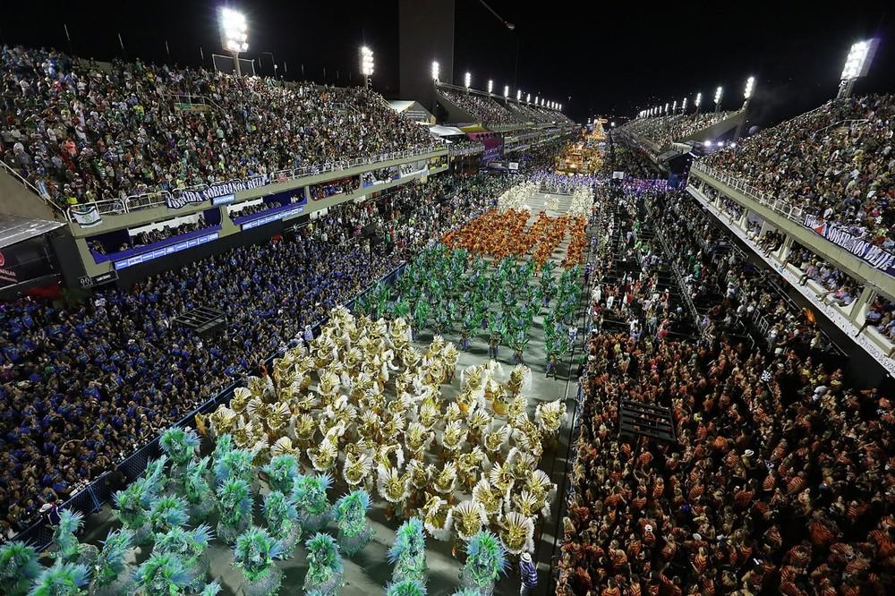 Venda de ingressos para desfiles do Grupo Especial do carnaval do Rio em 2022 começa nesta quinta
